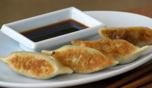 Little House of Veggies: Authentic Japanese Gyoza (Potstickers)